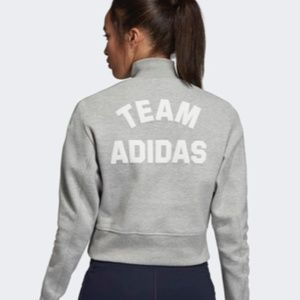 Adidas NWT L VRCT crew neck sweatshirt